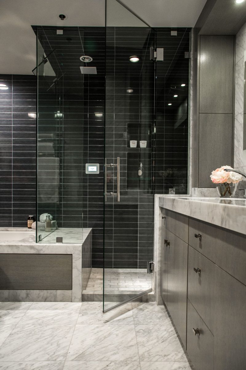 hellopeagreen, KBIS, blogtour KBIS, Kitchen and bathroom design, Mr. Steam, luxury bathroom, Master bath, steam room