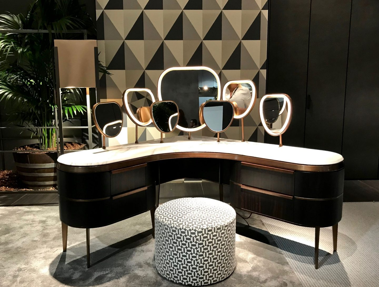 flou, vanity, geometric wallpaper highlights from Salone del Mobile 2018, via hellopeagreen, interior blogger