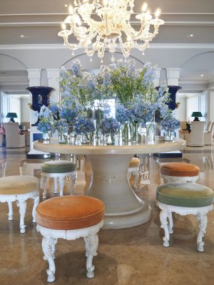 how to get the luxury hotel look, hotel style, chic hotel lobby, Ultimate Luxury, Corfu 2018, Grecotel Corfu Imperial, Hello Peagreen, travel blogger