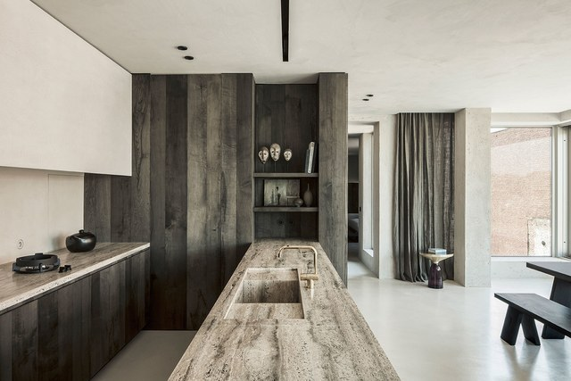 Choosing the right stone, Arjaan De Feyter designed, Kitchen, Travertine Grigio