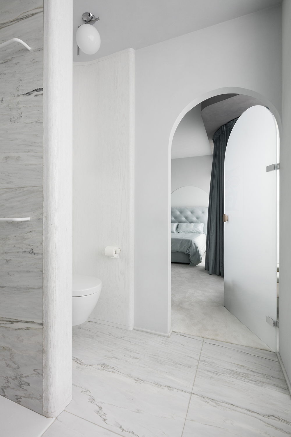 Choosing the right stone, pale marble bathroom, Pieter Jan designed