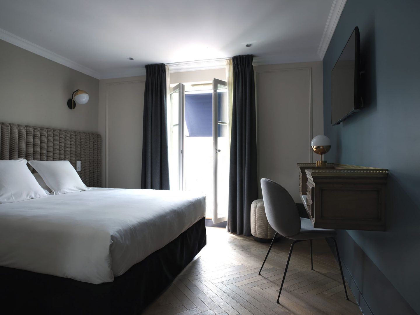 Swoonworthy Paris Hotels for the Design Tourist, Design Tourist, interiors, Hotel Bachaumont, Dorothée Meilichzon