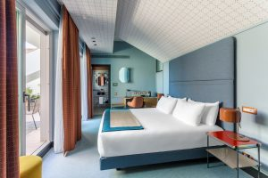 A design tourist in Milan, Must see hotels, Room Mate Guilia, hello pea green