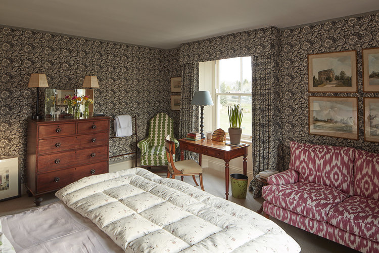 Bed Room by Rita Konig, traditional decor, country house style
